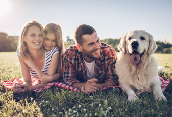 Hillcrest Dental | Family with Dog